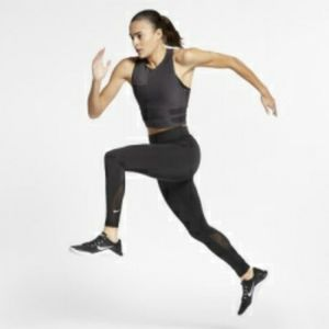 Nike Tech Pack Tight fit